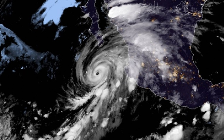 huracan-genevieve-categoria-3
