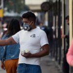 OMS recomienda no usar mascarillas con válvula para protegerse de la COVID-19